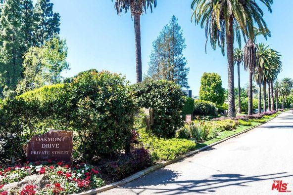 39 Oakmont Dr., Los Angeles, CA 90049 Photo 17