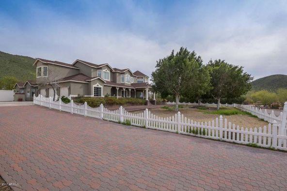 6101 W. Parkside Ln., Glendale, AZ 85310 Photo 8