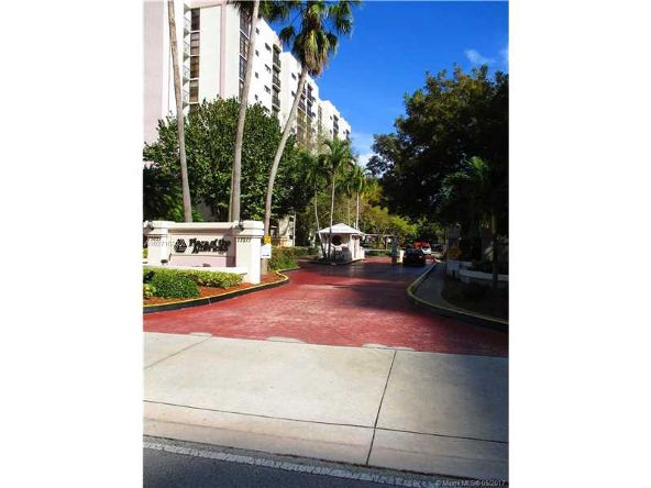 16909 N. Bay Rd. # 620, Sunny Isles Beach, FL 33160 Photo 1