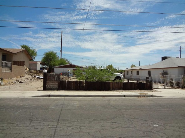 669 S. 12 Ave., Yuma, AZ 85364 Photo 1