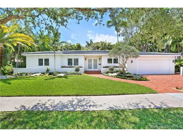 440 Bianca Ave., Coral Gables, FL 33146 Photo 1