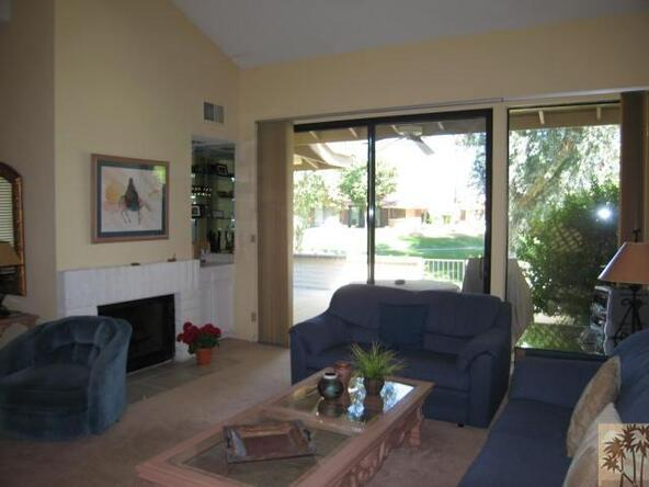 332 Villena Way, Palm Desert, CA 92260 Photo 4