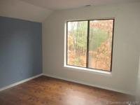 Home for sale: 5 Edgewood Cir. #5, Avon, CT 06001