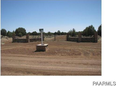 292 Sabrina, Ash Fork, AZ 86320 Photo 2
