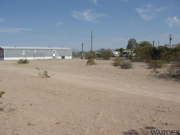 13060 S. Shore Pkwy, Topock, AZ 86436 Photo 3