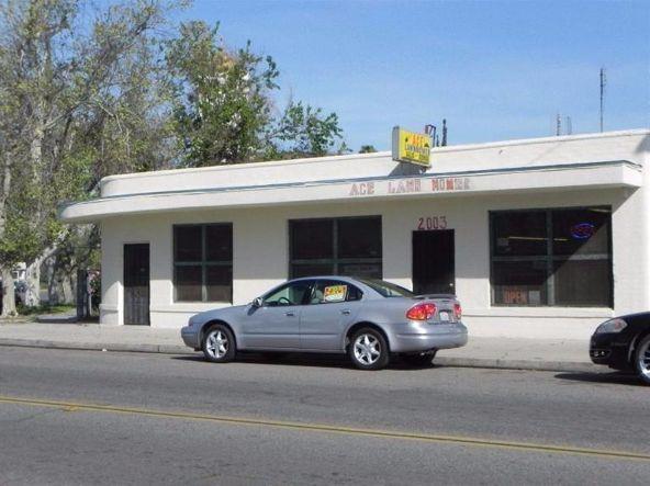 2003 California, Fresno, CA 93706 Photo 5