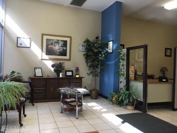 2465 S. Craycroft, Tucson, AZ 85711 Photo 9