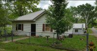 Home for sale: 801 8th St., Benton, IL 62812