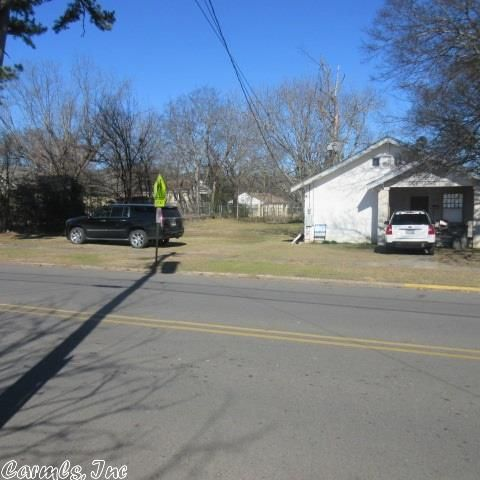 138 Oaklawn, Hot Springs, AR 71913 Photo 2