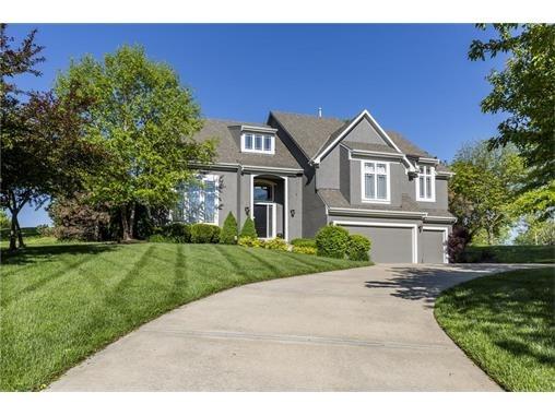 10130 S. North Lake Avenue, Olathe, KS 66061 Photo 1