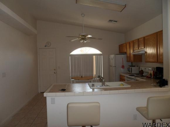 974 Andy Ln., Bullhead City, AZ 86442 Photo 2