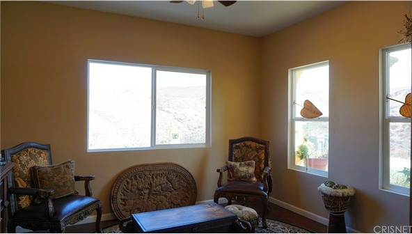 18706 Goodvale Rd., Canyon Country, CA 91351 Photo 10