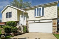 Home for sale: 6 Woodbury Ct., Streamwood, IL 60107