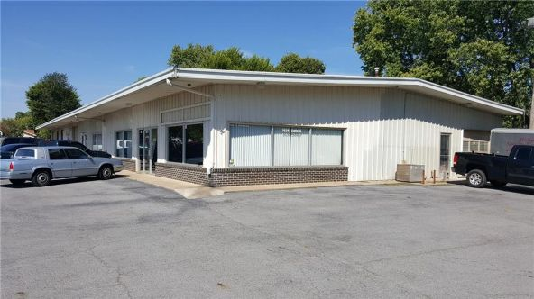 1024 Washington St., Siloam Springs, AR 72761 Photo 1