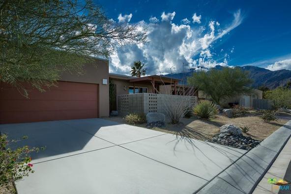 1039 Azure Ct., Palm Springs, CA 92262 Photo 2