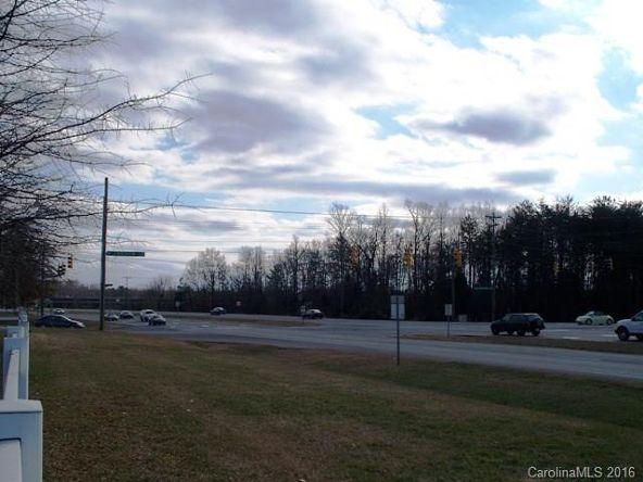 8409 Wake Dr., Charlotte, NC 28269 Photo 30