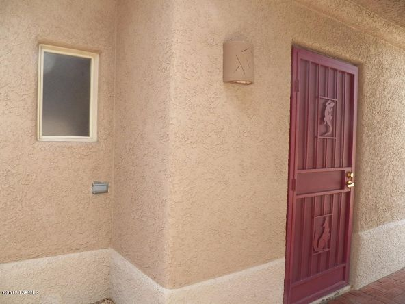 4695 S. Holly Rose Dr., Green Valley, AZ 85622 Photo 9
