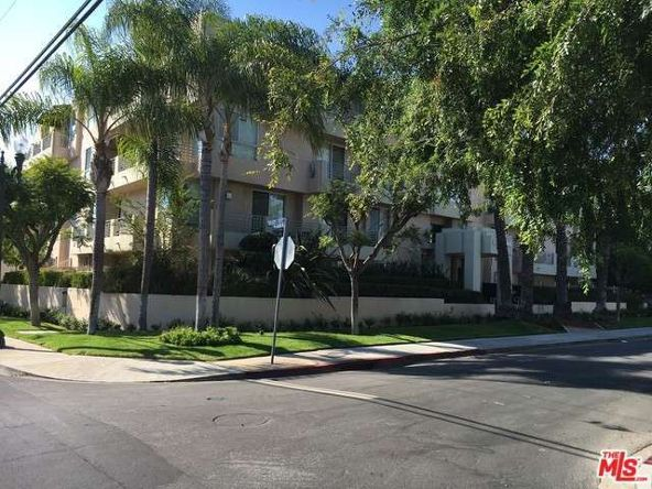 739 Lorraine, Los Angeles, CA 90005 Photo 28
