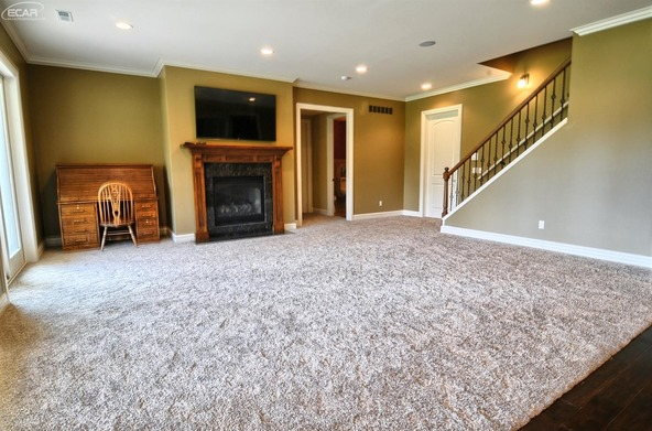 8211 Pine Hollow Trail, Grand Blanc, MI 48439 Photo 31