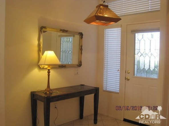 37671 Pineknoll Avenue, Palm Desert, CA 92211 Photo 9