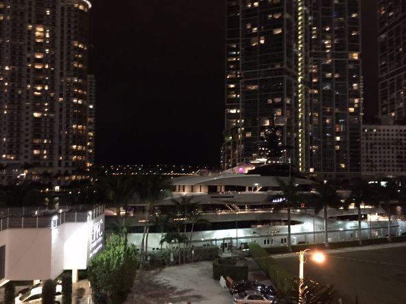 300 S. Biscayne Blvd., Miami, FL 33131 Photo 11