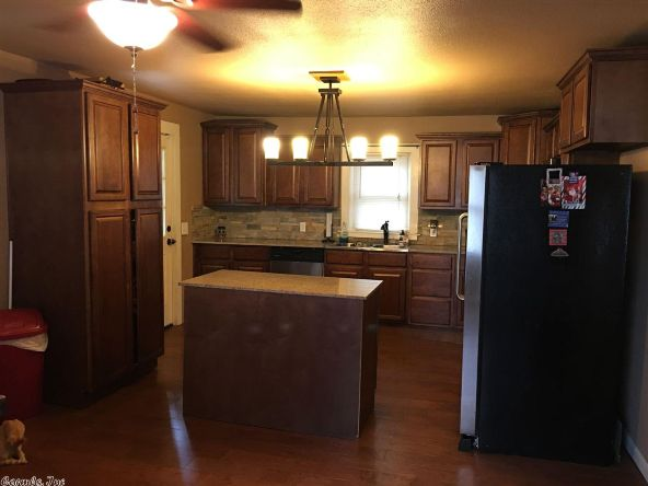 408 N. Broadway, Heber Springs, AR 72543 Photo 6
