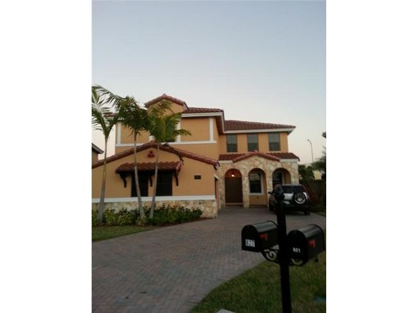 827 N.W. 97 Ct., Miami, FL 33172 Photo 7