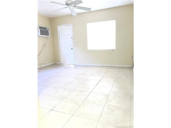 930 S.W. 29th Ave., Miami, FL 33135 Photo 2