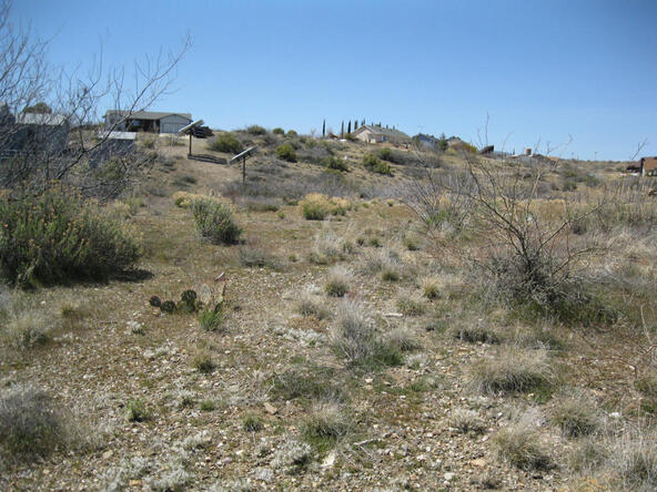 13846 S. Bluebird Ln., Mayer, AZ 86333 Photo 7
