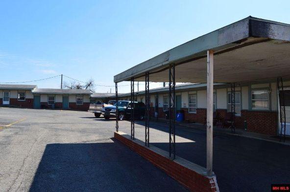 411 S. Main St., Mountain Home, AR 72653 Photo 2