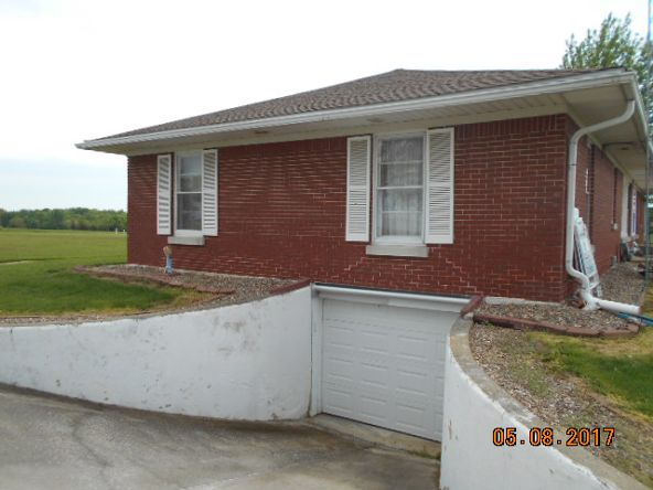 18084 State Hwy. 6, Lewistown, MO 63452 Photo 4