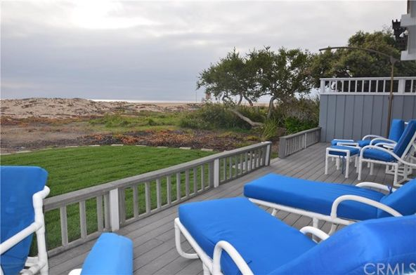 2034 E. Oceanfront, Newport Beach, CA 92661 Photo 2