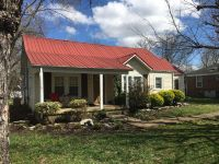 Home for sale: 813 Shelbyview Dr., Shelbyville, TN 37160