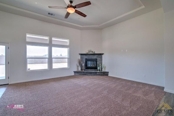 3419 Wexford Pl., Bakersfield, CA 93314 Photo 7