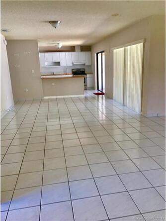 890 N.W. 133rd Ave., Miami, FL 33182 Photo 6