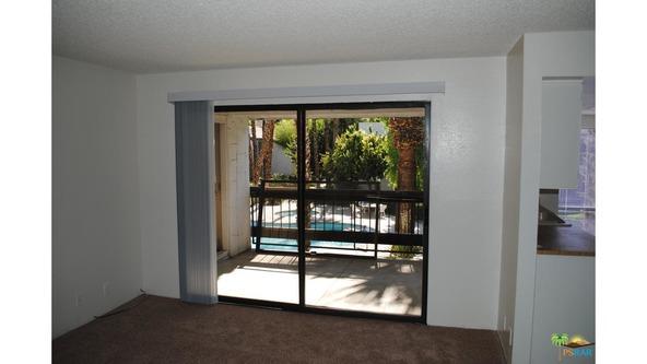 5245 E. Waverly Dr., Palm Springs, CA 92264 Photo 7