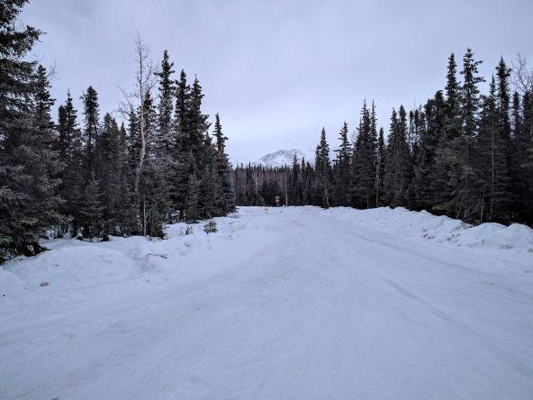 6701 Paula Pl., Anchorage, AK 99507 Photo 4