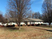 Home for sale: 2016 Carol Dr., Murray, KY 42071