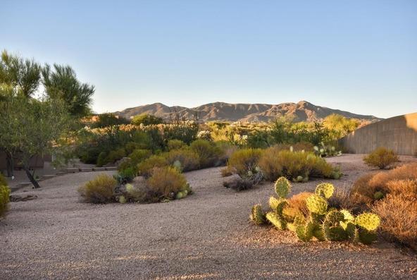 10432 E. Winter Sun Dr., Scottsdale, AZ 85262 Photo 2
