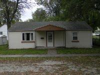 Home for sale: 910 North, Pontiac, IL 61764