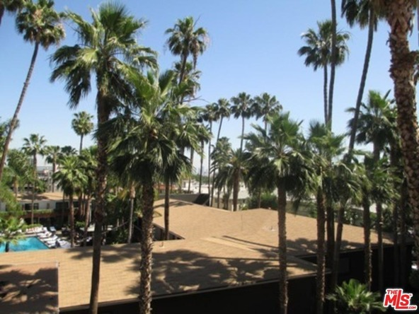7045 Hawthorn Ave., Los Angeles, CA 90028 Photo 2