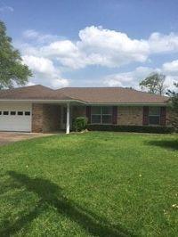 Home for sale: 115 Pinecrest Ct., Lufkin, TX 75901