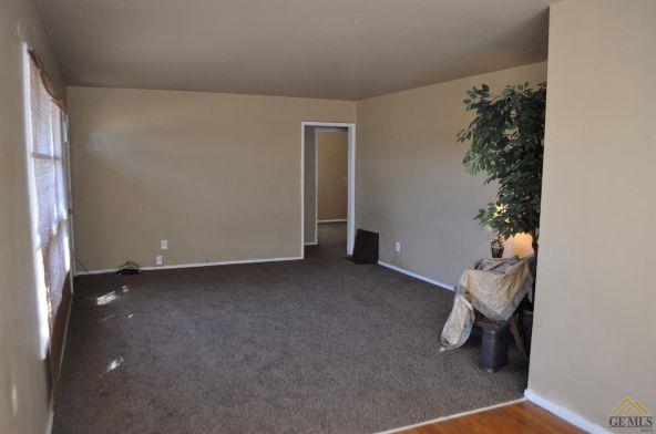 24 Cypress St., Bakersfield, CA 93304 Photo 3