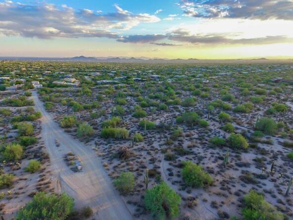 9320 E. Jomax Rd., Scottsdale, AZ 85262 Photo 32