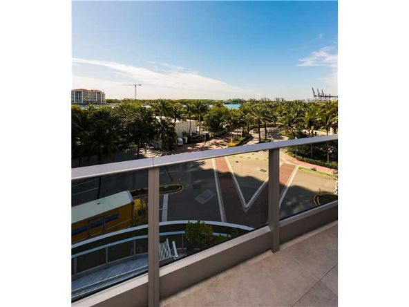 801 S. Pointe Dr. # 401, Miami Beach, FL 33139 Photo 14