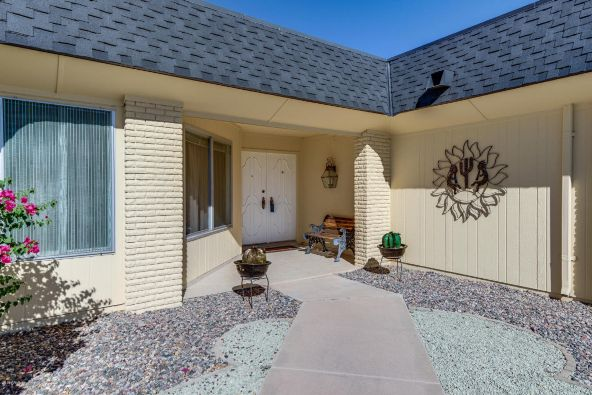 18005 N. Willowbrook Dr., Sun City, AZ 85373 Photo 3