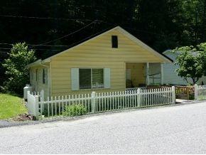 238 Mill St., Clinchco, VA 24226 Photo 2
