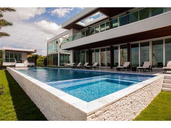 5446 N. Bay Rd., Miami Beach, FL 33140 Photo 1
