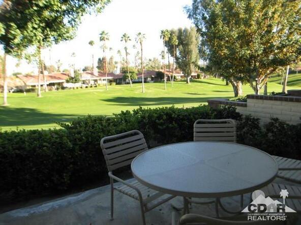 294 San Vicente Cir., Palm Desert, CA 92260 Photo 15
