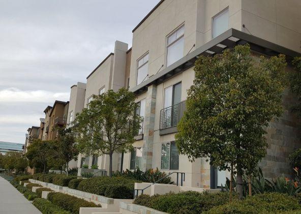 54 Soho, Irvine, CA 92612 Photo 1